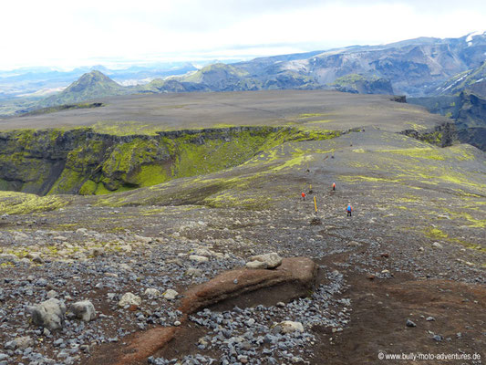 Island - Fimmvörðuháls - Etappe 1 - Básar nach Fimmvörðuskáli - Blick auf Plateau