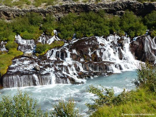 Island - Wasserfälle Hraunfjossar