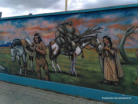 Chile - Puerto Natales - Wandmalerei - Ureinwohner Aónikenk und Kawéskar