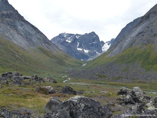 Grönland - Tasermiut Fjord - Blick in das Tal südlich des Ulamertorsuaq