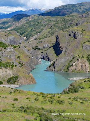 Chile - Confluencia Rios Baker y Chacabuco