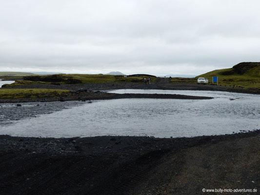 Island - Straße F208 - Unsere erste Furt