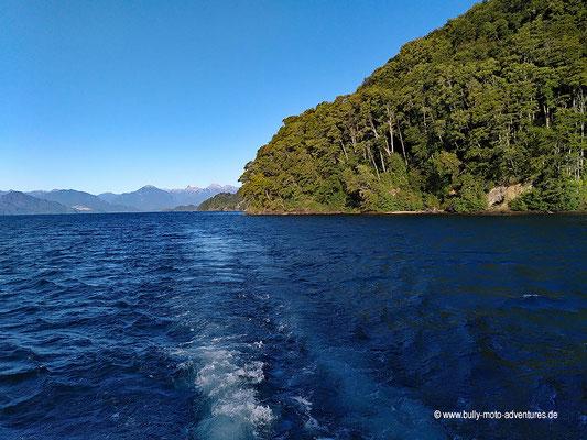 Chile - Parque Nacional Vicente Pérez Rosales - Petrohue - Bootsfahrt auf dem Lago Todos Los Santos