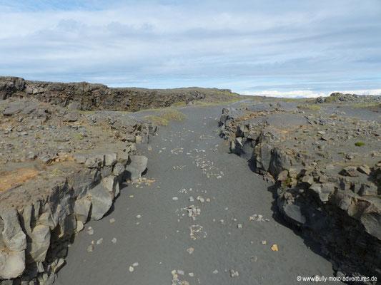 Island - Reykjanes - Brücke zwischen den Kontinenten