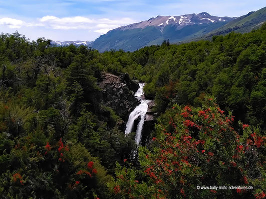Argentinien - Ruta de los Siete Lagos - Cascada Vuliñanco