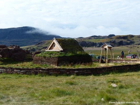 Grönland - Brattahlíð - Nachbau Tjodhilds Kirche