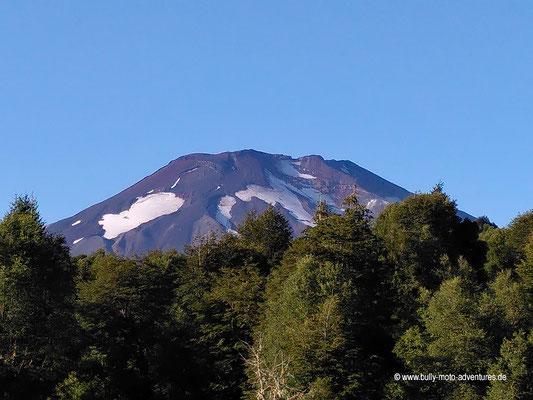 """Chile - Malalcahuello - Aussicht vom Campingplatz """"Dos Volcanos"""""""