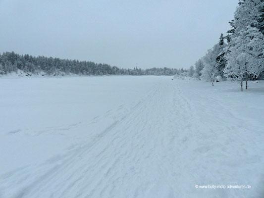 Finnland - Blick nach Schweden - Fluss Muonionjoki