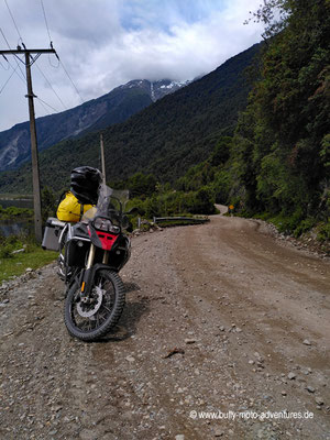Chile - Straße 235 am Lago Yelcho