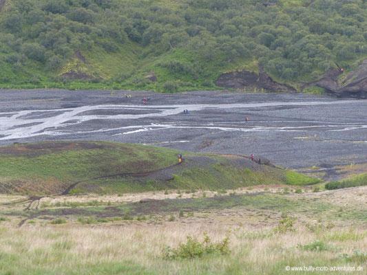 Island - Laugavegur - Etappe 4 - Emstrur nach Þórsmörk - Blick auf den Fluss Þrönga