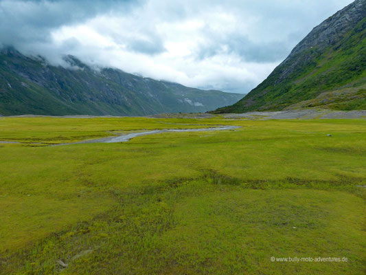 Norwegen - Jostedalsbreen Nationalpark - Wanderung zurück zum Parkplatz