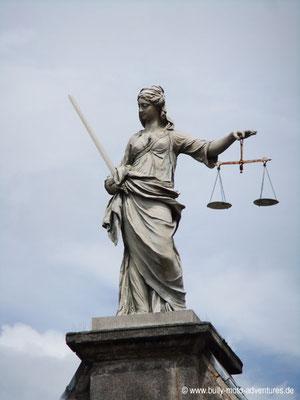 Irland - Justitia - Dublin Castle - Dublin - Co. Dublin