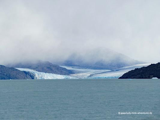 Argentinien - Bootstour Todos Los Glaciares - Blick auf den Upsala Gletscher