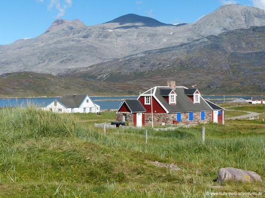 Grönland - Igaliku - Haus aus Steinen der Ruinen