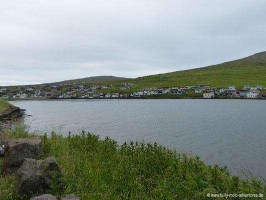 Färöer Inseln - Vágar - Blick auf Sørvágur