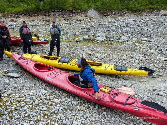 Norwegen - Jostedalsbreen Nationalpark - Einweisung in die Kajaks