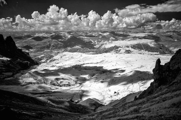 Blick von der Rosszahnscharte auf die Seiser Alm