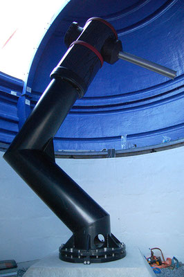 The counterweight shaft inserted into the assembled mount.