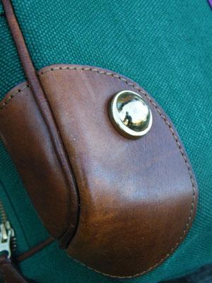Tasche in Clubfarben (Details) von Joint Colours