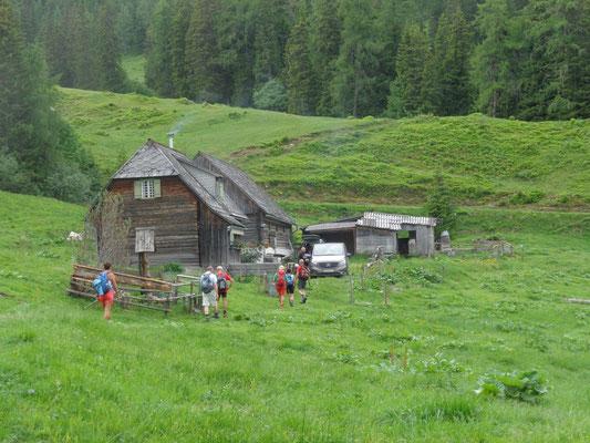 Schwarzbeeralm (1.425 m)
