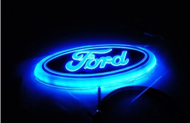 INSIGNIA LED FORD AZUL-45€