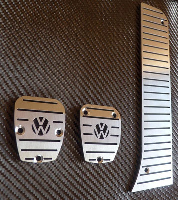 PEDALES INOX MANUAL LOGO VW-65€