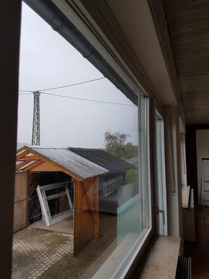 Alte Kunststofffenster inkl. Balkontür und Panoramafenster