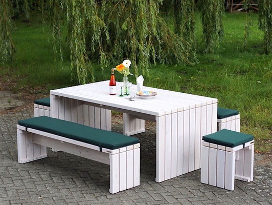 gartenm bel aus holz made in germany holzweise. Black Bedroom Furniture Sets. Home Design Ideas