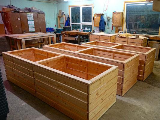 Reihen - Hochbeet Holz nach Maß, Länge: 305 cm / 240 cm, Oberfläche: Natur, inkl. Pflanzfolie