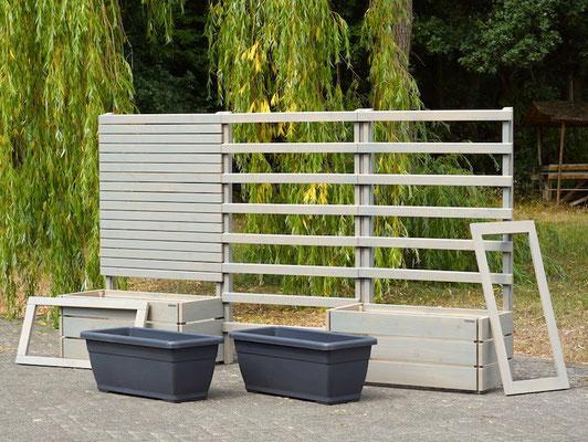 Pflanzkasten Holz mit Sichtschutz, Rankgitter / Spalier nach Maß, Länge: 336 cm, Höhe: 180 cm, Oberfläche: Transparent Grau