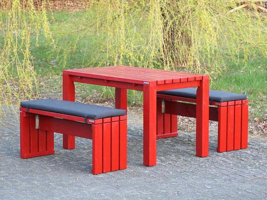 Gartenmöbel nach Maß, wetterfeste Holz, Oberfläche: Nordisch Rot, Polster Dekor: Anthrazit