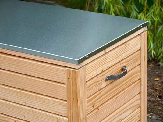 Auflagenbox / Kissenbox Holz mit Edelstahl - Deckel, Oberfläche: Natur Geölt, atmungsaktiv & wasserdicht