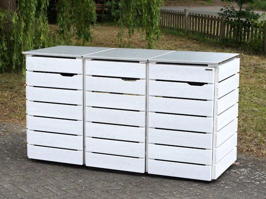 3er Mülltonnenbox Edelstahl / Holz - Deckel, Oberfläche: Weiß (RAL 9016) / Kundenwunsch: Türanschlag rechts