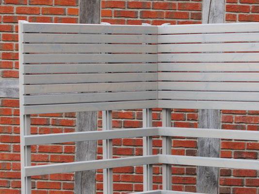 Pflanzkasten Holz Ecke mit Rankgitter / Spalier nach Maß, Oberfläche: Transparent Grau