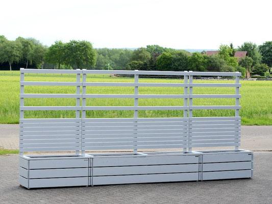 Pflanzkasten Holz L mit Sichtschutz + Rankgitter / Spalier nach Maß, Maße: 112 x 55 x 200 cm, Lichtgrau RAL 7035