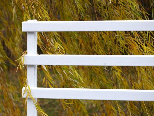 Pflanzkasten Holz mit Rankgitter / Spalier, Länge: 212 cm, Höhe: 200 cm, Oberfläche: Weiß