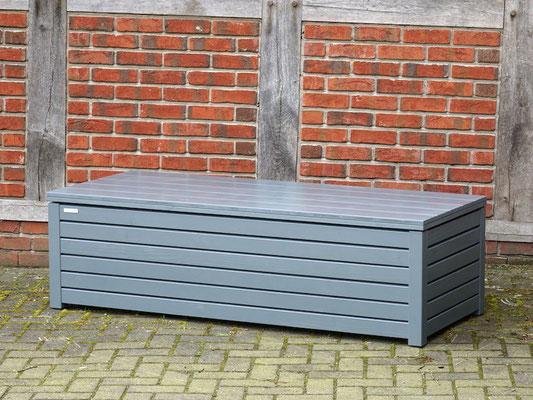 Truhenbank / Sitzbank Holz nach Maß, Oberfläche: Steingrau, atmungsaktiv & wasserdicht