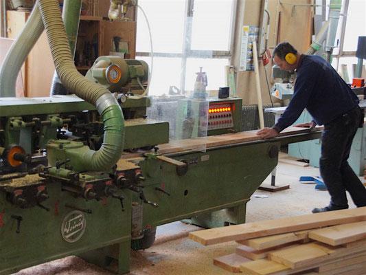 Unsere Werkstatt - Holz, Douglasie hobeln