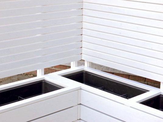 Pflanzkasten Holz Ecke mit Sichtschutz, Oberfläche: Deckend Geölt Weiss