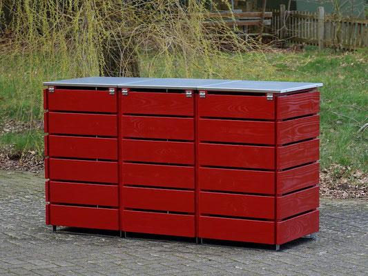 Rückseite 3er Mülltonnenbox / Mülltonnenverkleidung 240 L mit Edelstahl - Deckel, Oberfläche: Nordisch Rot (RAL 3011)