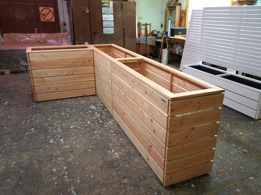 Hochbeet nach Maß in L-Form, heimisches Holz, Douglasie - Oberfläche Natur, Länge 120 x 360 cm