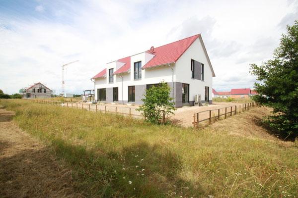 Doppelhaushälfte in Hördt