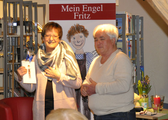 Autorenlesung Eduard Maass, die Gewinnerin der Verlosung