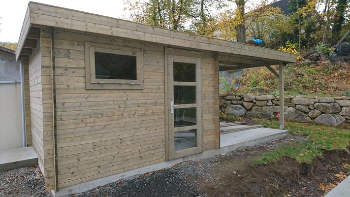 Abris Elsa 8.7m²+8.1 m² traité gris madriers 28 mm
