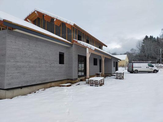 Malgré la neige le chantier avance