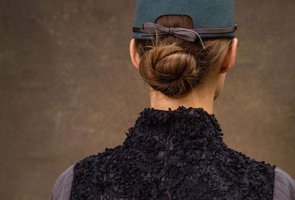 Hut fashion Anja Kaninck / racingfashion · ascothats · ascotraces · royalascot / Derby · Pferderennen · Trabrennbahn / Hamburg · Schleswig Holstein · Bargteheide / Nicole Booss · BOcouture Hamburg