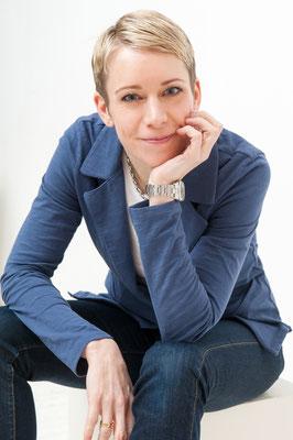 Anja Kaninck / Modistenmeisterin · Direktrice · Kostümbildnerin · Stylistin / Hamburg · Schleswig Holstein