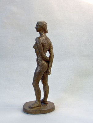 """""""Kleine Stehende"""", 2006, 21x8x7cm, Bronze"""