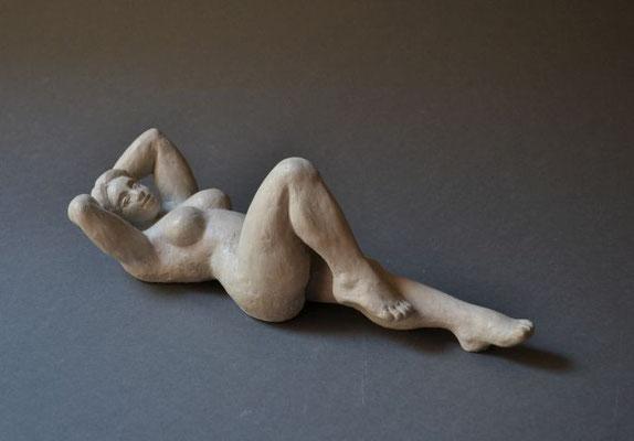 """Gymnastique"", 2013, 32x11x11cm, Steinguß"