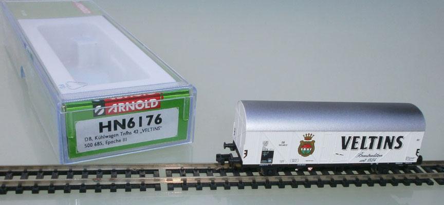 Arnold HN6176 Veltins Waggon und Verpackung